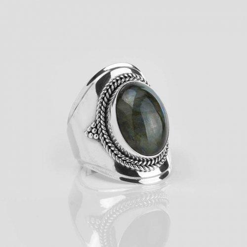 Ymala-zilveren-ring-labradoriet-edelsteen