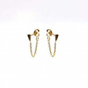 Gouden oorknoppen met ketting pegel